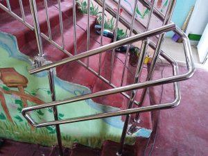Перила из нержавеющей стали для детского сада в селе Алешня Ленинского р-на Тульской области