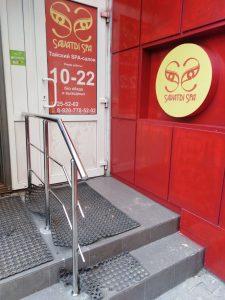 Ограждения лестничных маршей из нержавеющей стали в Туле по улице Революции, 3а