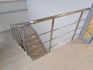 Ограждения лестничных маршей (Тула, проспект Ленина, 77)