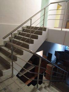 Ограждения лестничных маршей (Венёв, ул. Красная площадь, 28)